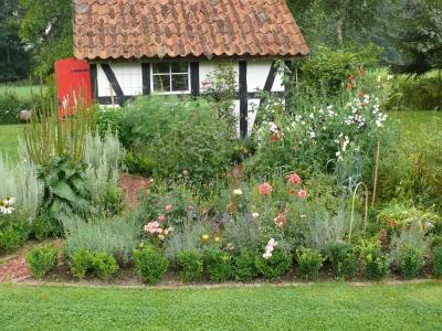 Klassischer Bauerngarten